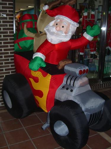 Tractor Santa