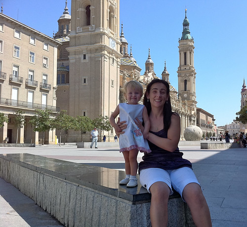 Nora and Marga, Plaza del Pilar, Zaragoza