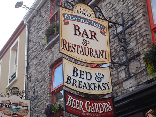O'Donnabhain's: Bar, Restaurant, B&B and Beer Garden