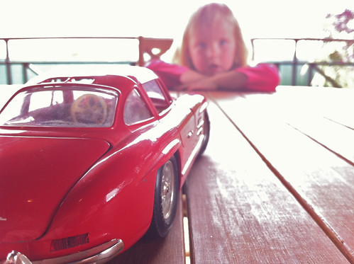 Nora and the Red Car