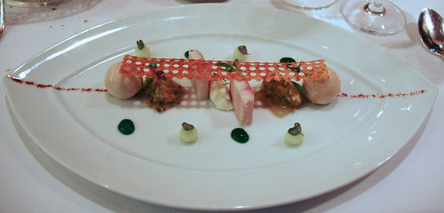 Comme Chez Soi - Duet of smoked eel, horse radish cream, granny smith