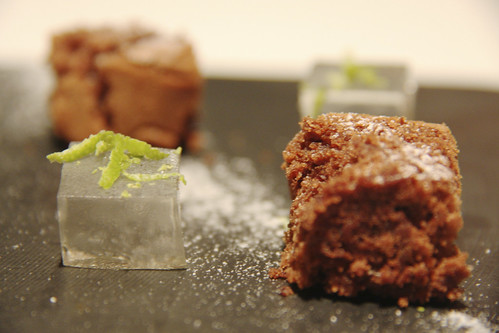 Resaurante Solana - Gominola de gin & tonic y brownie de chocolate
