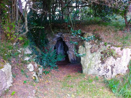 Pedreña 18th Tee Cave