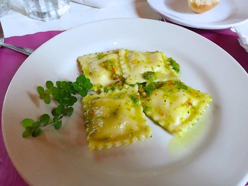 King Street Café - Ravioli with basil pesto sauce