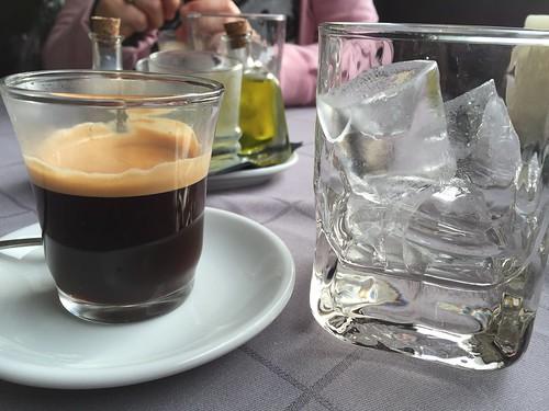 TarKarí - Café con hielo