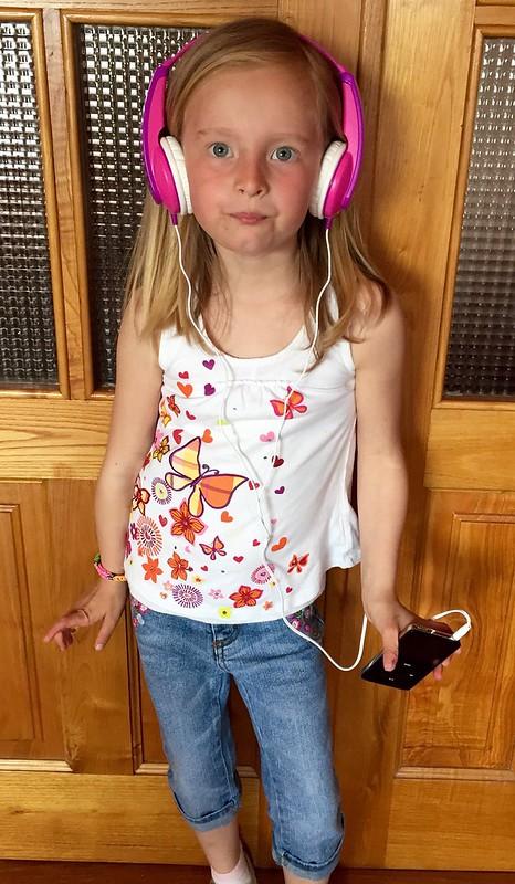 Sassy iPod girl