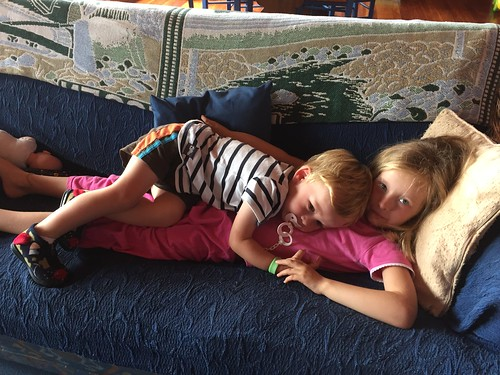 Sibling dogpile